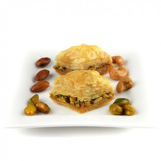 1 kg Pistachio Baklawa Baklava Home Made Recipe Freshly Baked and Shipped UK