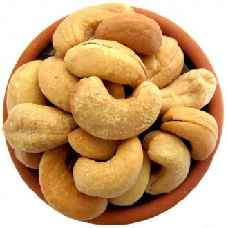 900 g Salted Cashews Freshly Roasted Nut